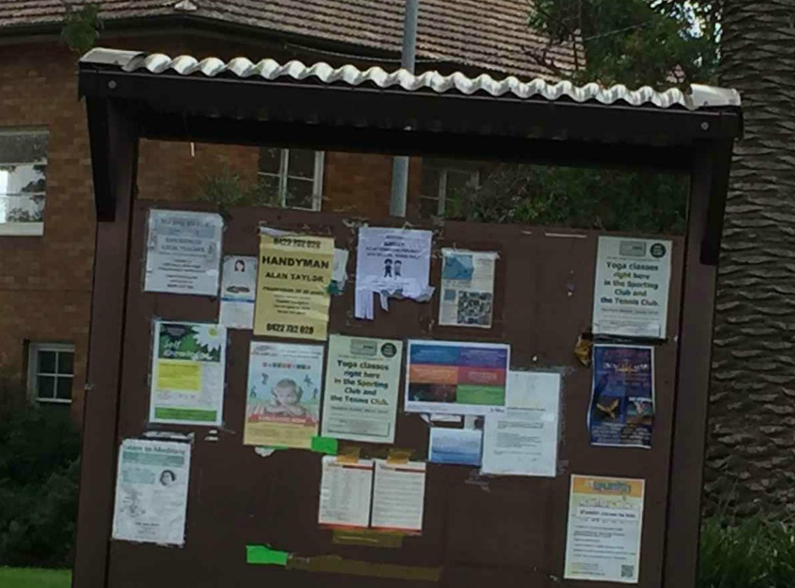 Laen cove notice board