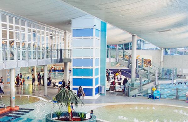 aquatic centre lift